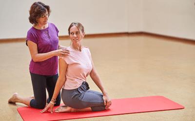 Yogaterapia, entre la ciencia y el arte.