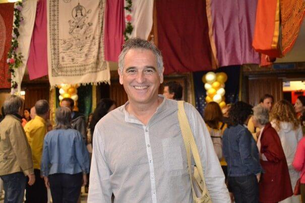 Entrevista con Carlos Fiel: La Iluminación es llevar conciencia y sensibilidad a tu vida